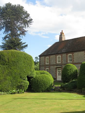 Self catering cottages in Ewelme Oxfordshire